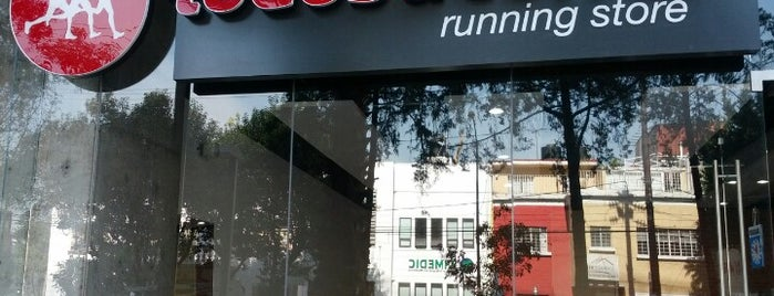 Todos a correr (Running Store) is one of Lugares favoritos de Mayte.