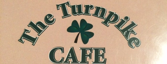 Turnpike Cafe is one of Ericさんのお気に入りスポット.