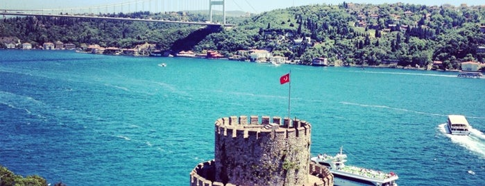 Rumeli Hisarı is one of Estambul.