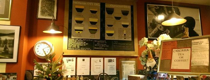 Cafe Ebel is one of Posti che sono piaciuti a Muhammad.