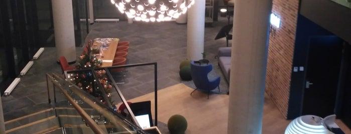 Postillion Hotel Amsterdam is one of Liliya : понравившиеся места.