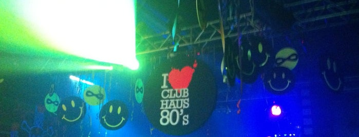 Club Haus 80's @ Magazzini Generali is one of Lugares guardados de Levent.