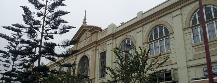 Mercado Central de Antofagasta is one of Posti salvati di Luis.