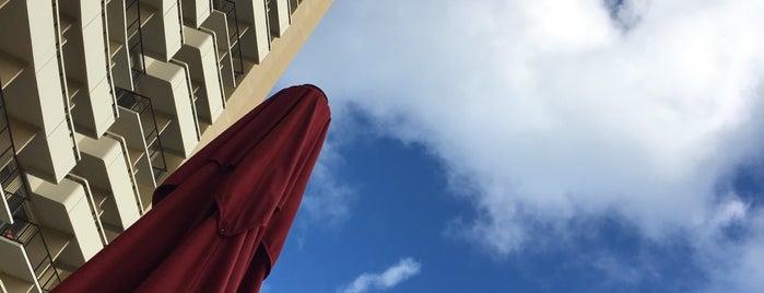 Sheraton Waikiki is one of Kyesu 님이 좋아한 장소.