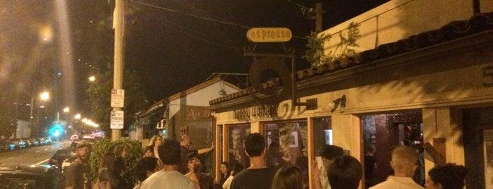 Muddy Waters Coffee House is one of I <3 Santa Barbara.