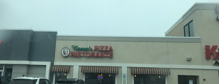 Nonna's Pizza & Ristorante is one of Lanre 님이 좋아한 장소.