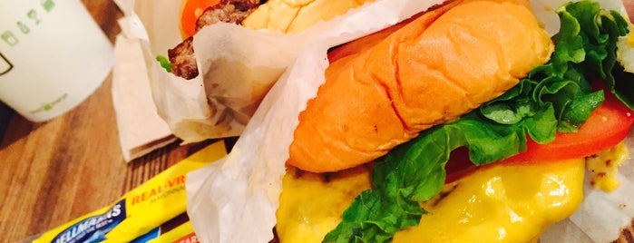 Shake Shack is one of 7th 미국여행.
