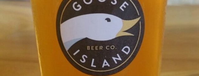 Goose Island Beer Co. is one of Chicago.