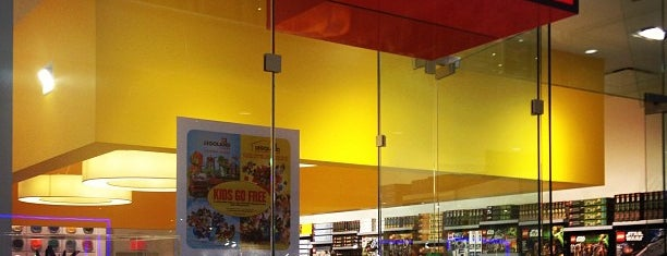 The LEGO Store is one of Miami kids.