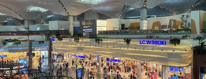 Dış Hatlar Gidiş Terminali is one of Bileydi : понравившиеся места.