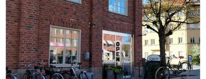 Open Café is one of Posti che sono piaciuti a Nadia.