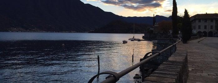 Comune Di Tremezzo is one of สถานที่ที่ Sarah ถูกใจ.