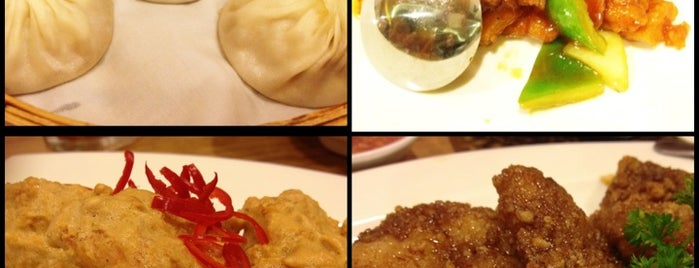 Din Tai Fung is one of Sweet n' Sour Check-In.