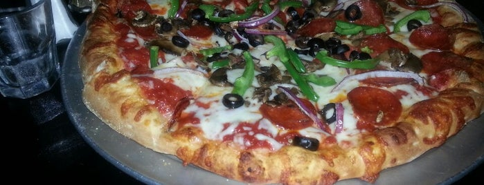 Caliente Pizza & Drafthouse is one of Experience Bloomfield!.