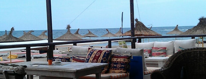 Alepu Beach Bar is one of Moreto v bg.