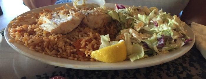 Paia Fish Market Restaurant is one of Lieux qui ont plu à Barry.