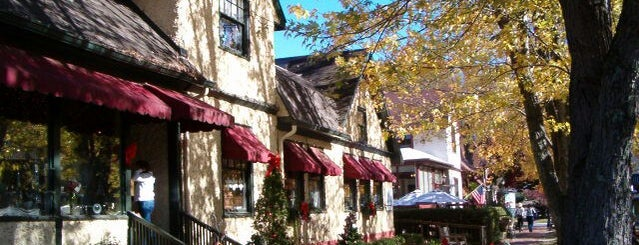 Village Wayside Bar & Grille is one of Asheville.