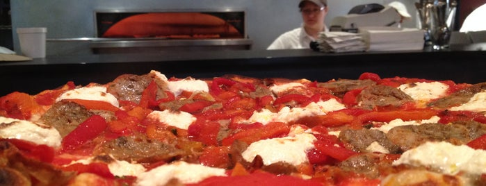Black Sheep Pizza is one of #ministerapproved.