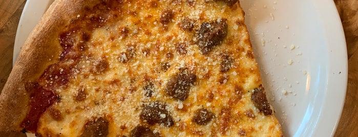 Big River Pizza is one of Posti salvati di Andy.