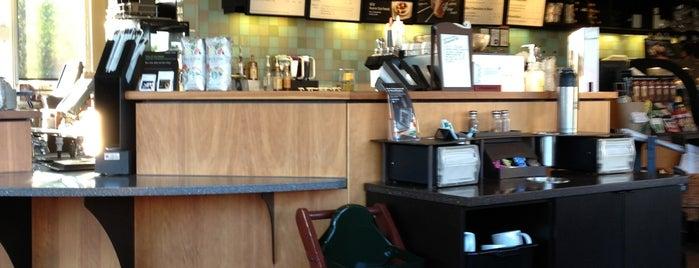 Starbucks is one of Lieux qui ont plu à Philip.