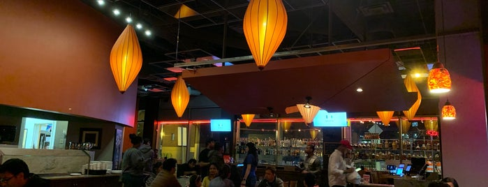 Daawat Indian Grill And Bar is one of Lugares favoritos de Celeste.
