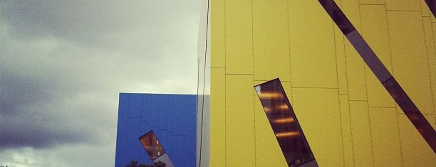 Brisbane Square Library is one of Orte, die Kat gefallen.