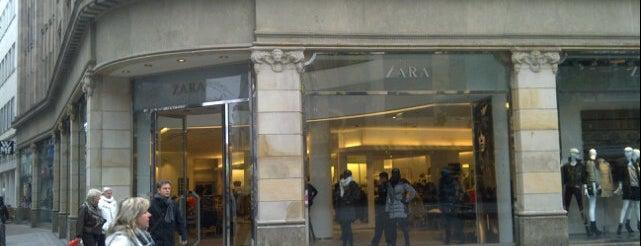 Zara is one of Tempat yang Disukai Kübra.
