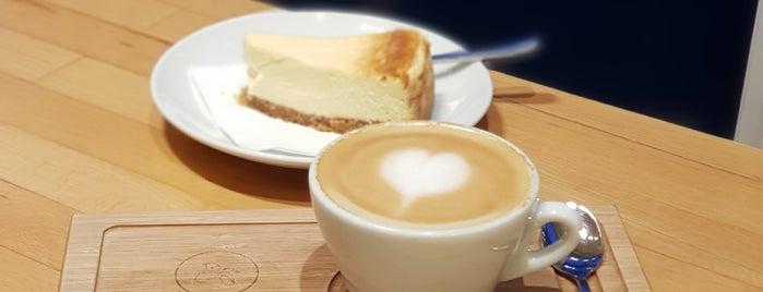 Madal Cafe - Espresso & Brew Bar is one of reggeli,kv,pékség_PEST.