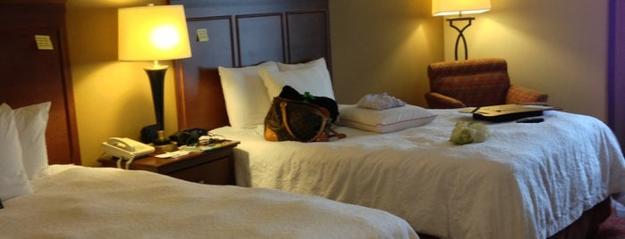 Hampton Inn & Suites Pigeon Forge Parkway is one of Places I've stayed.