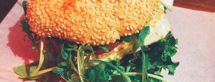 Q Burger is one of Burger Baby, es gibt Burger.
