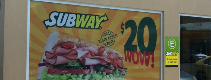 Subway is one of Tempat yang Disukai Cristian.