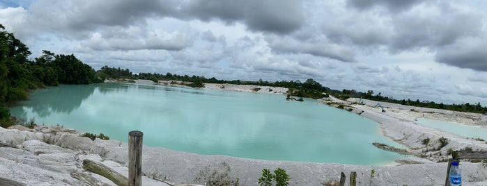 Danau Kaolin is one of Belitung Island, Indonesia by williamlye.