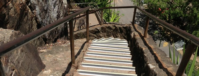 Kangaroo Point Cliffs Stairs is one of Adventure Time: Brisbane Edition!.