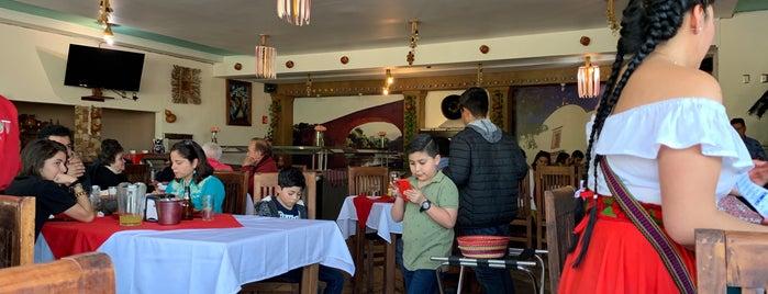 Restaurant Caracuaro Altozano is one of สถานที่ที่ Maru ถูกใจ.