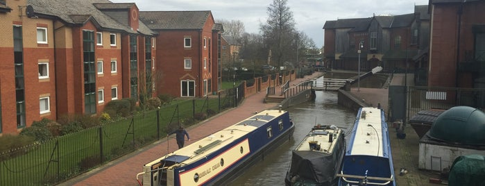 Banbury Museum is one of Canal Places UK.