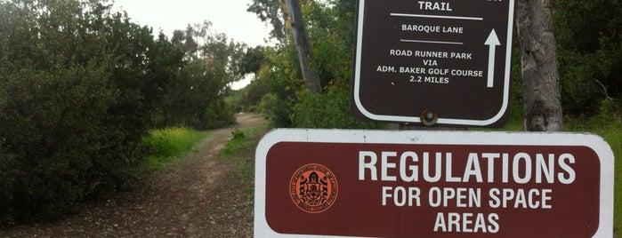 South Rueda Canyon Trail is one of สถานที่ที่บันทึกไว้ของ Alison.