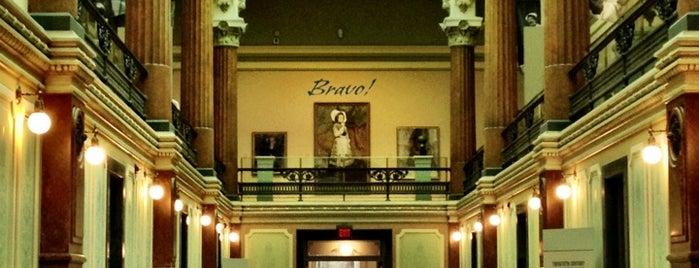 Galería Nacional de Retratos is one of Washington, DC Trip.