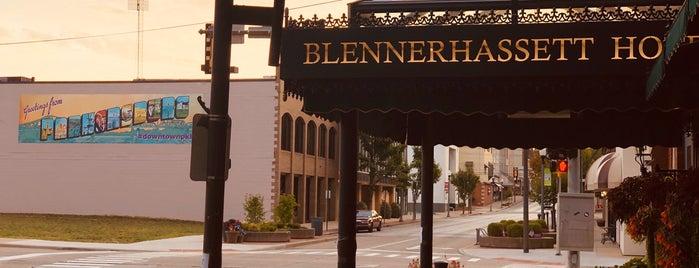 The Blennerhassett Hotel is one of Orte, die Ted gefallen.