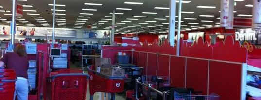 Target is one of สถานที่ที่ Charlotte ถูกใจ.