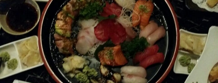 Moto Sushi is one of Michelle : понравившиеся места.