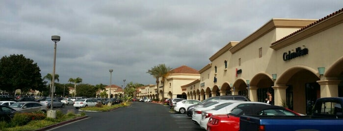 Camarillo Premium Outlets is one of Tempat yang Disukai Michelle.