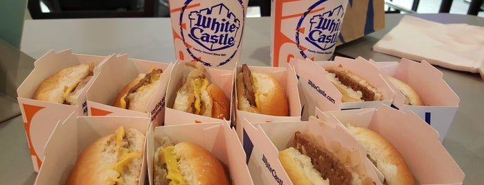 White Castle is one of Lieux qui ont plu à Michelle.
