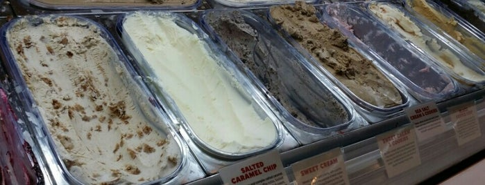 McConnell's Fine Ice Creams is one of Lieux qui ont plu à Michelle.