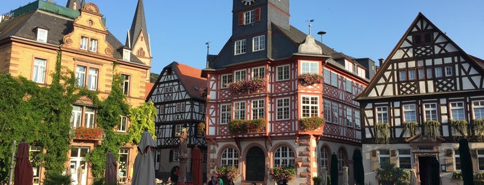 Marktplatz Heppenheim is one of Lugares favoritos de Tino.