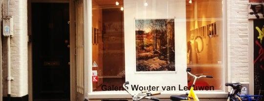 Galerie Wouter van Leeuwen is one of De Jordaan 1/2.
