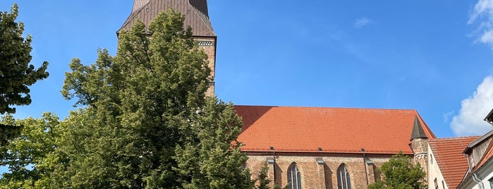 Alter Markt is one of Rostock & Warnemünde🇩🇪.