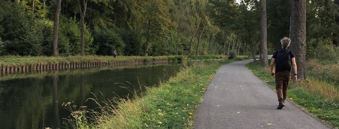 Canal du Centre Historique is one of To Belgium.