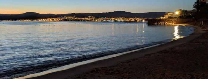 Mövenpick Beach is one of Locais curtidos por Mike.
