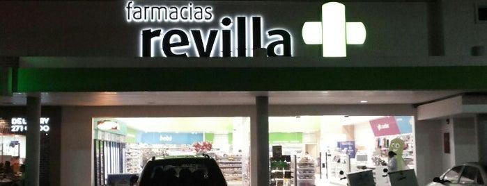 Farmacia Revilla is one of Locais curtidos por Nicole.