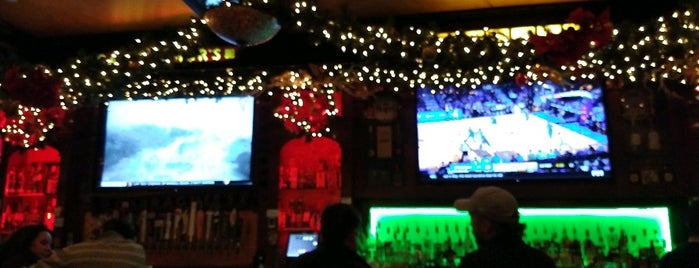 Carragher's Pub & Restaurant is one of Happy Hour Spots.